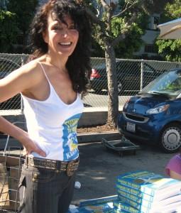 Vegans Diets Encouraged at Veggie Pride Parade LA
